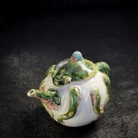 Ruiji Aiba, Octopus Teapot, h 10 × 16 × 10 cm