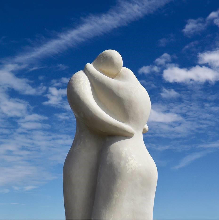 Yoshino Minako, LOVERS, 2020, (S: h25cm, M: 48cm), white marble cast, granite stone
