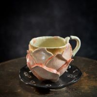 title   Rose cup and saucer (image 1/3) year :2020 image size:h8.5×11×11 cm materials:Ceramic price  :44,000 JPY incl. consumption tax note  :Box is sold separately