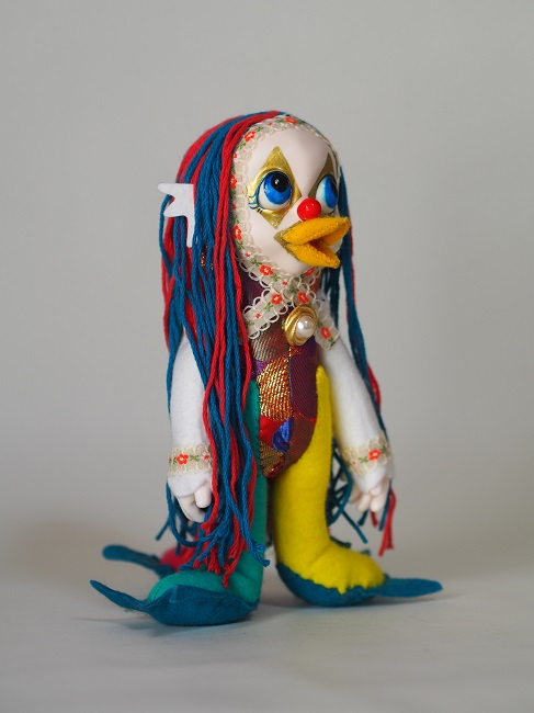SOLD OUT❢Emi Katsuta, Amabie Mommon, 2020, 8.3 x 5.5 x 4.3 inches (21 x 14 x 11 cm), Resin and cloth