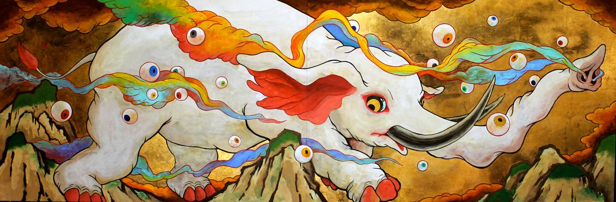 ツジモトコウキ「虹煙白象図(2)」変形50, 麻紙 岩絵具 赤口洋箔