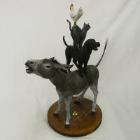 馬塲稔郎「Compass」62.1x50.0x30.0cm, 木彫(ヒバ)、漆、彩色、馬の毛、方位磁針