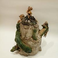 「窮奇対龍と牛鬼遣い唐子香炉」22×26×h34cm