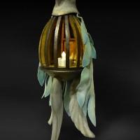丸山達也「鳥装のランタン」